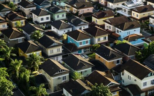 ¿Cuál es la diferencia entre chalet y casa?